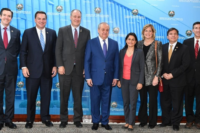 Глава МИД встретился с американскими конгрессменами