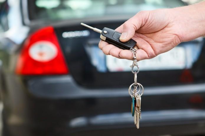 Персонал компании по аренде автомобилей в Ташкенте провернул махинации на 5 млрд. сумов