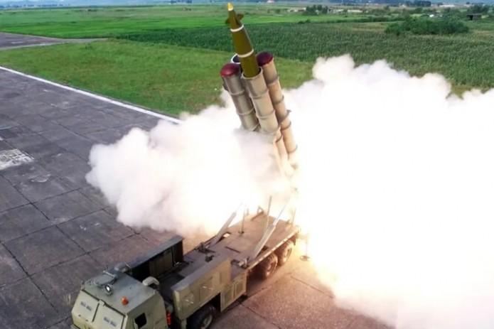 Спецслужбы Японии сообщили о втором пуске ракет с территории КНДР