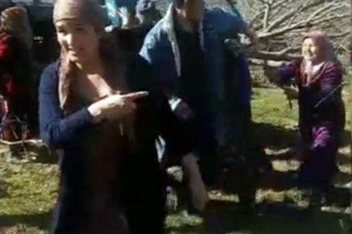 В Кашкадарье произошла стычка между людьми: в ход пошел бензин, палки и камни