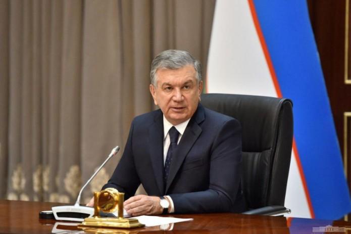 Президент поручил продолжить посадку весенних культур с соблюдением карантинных мер