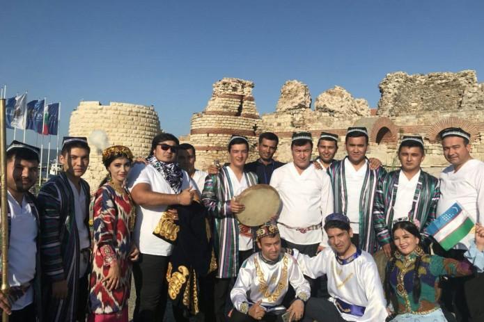 Ансамбль Маком стал обладателем Гран-при Международного фольклорного фестиваля