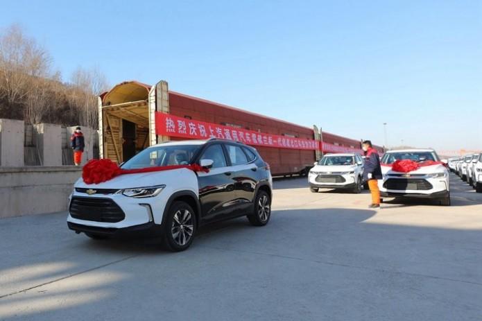 Узбекистан получил первую партию новой модели Chevrolet Tracker