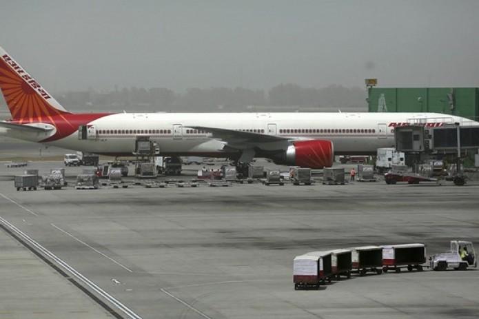 Самолет Air India, пролетев над Саудовской Аравией, приземлился вИзраиле