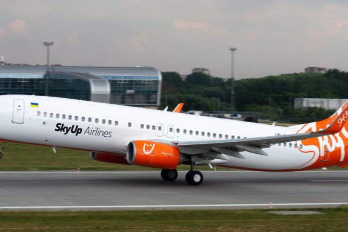 Украинский авиаперевозчик SkyUp Airlines организовал чартерный рейс по направлению Киев—Ташкент—Киев