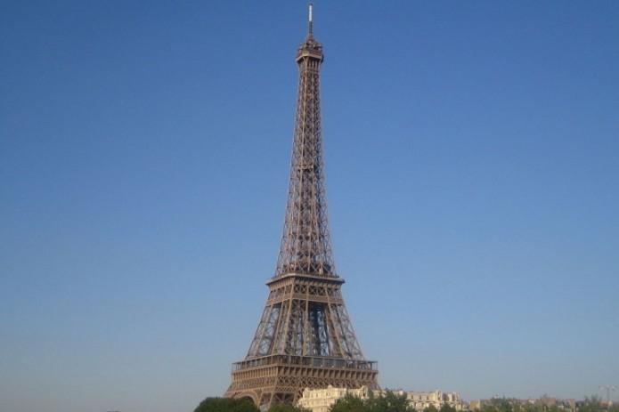 Часть Эйфелевой башни ушла с молотка за 169 тысяч евро