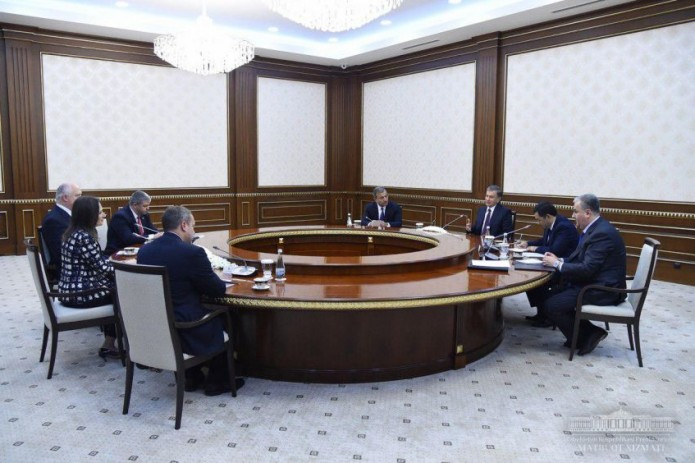 Президент принял делегацию Американо-Узбекской торговой палаты
