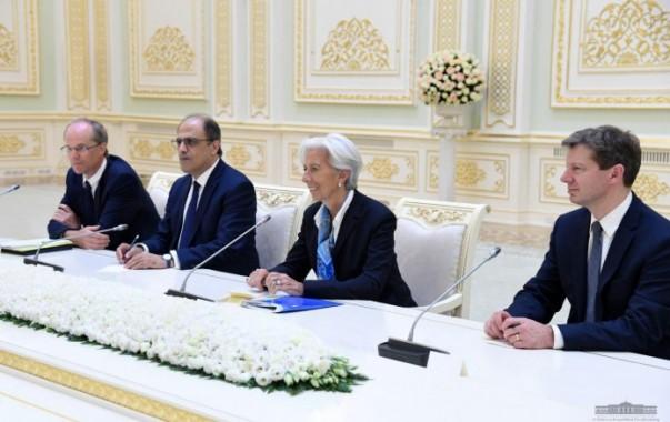 Президент Узбекистана принял директора-распорядителя МВФ Кристин Лагард