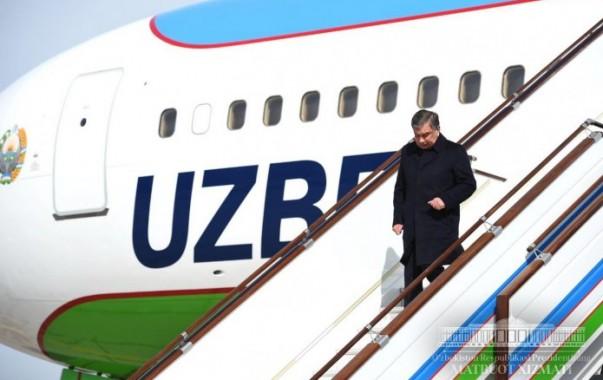 Президент Шавкат Мирзиёев прибыл в Самаркандскую область