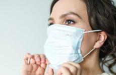ВОЗ изменила свои рекомендации по ношению масок