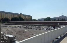 Хокимият прокомментировал информацию о сносе фонтана на площади Мустакиллик