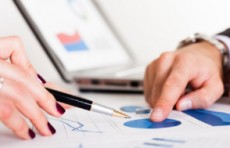 Отрицательное сальдо внешней торговли в январе составило более $400 млн.