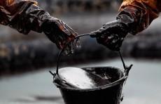 Цена на нефть упала до минимума за 18 лет