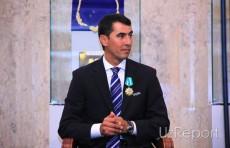 Президент Узбекистана наградил Равшана Ирматова орденом и подарил автомобиль