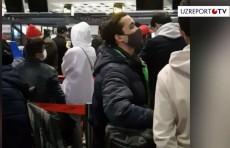 Ўзбекистон фуқаролари Хитойдан чартер рейсда қайтарилмоқда (Видео)