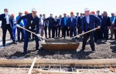 Абдулла Арипов и Аскар Мамин дали старт строительству нового микрорайона в Казахстане