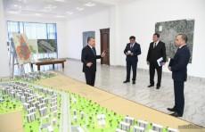 """Шавкат Мирзиёев посетил Свободную экономическую зону """"Коканд"""""""