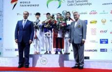 Награждены победители первого дня Чемпионата мира по таэквондо