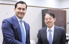 Глава Мининвестиций Сардор Умурзаков встретился с президентом АБР