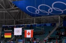 ТОП-10 запоминающихся моментов Олимпиады: Мужской хоккей