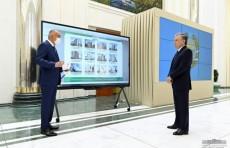 Шавкат Мирзиёев ознакомился с презентацией проектов по строительству нескольких объектов