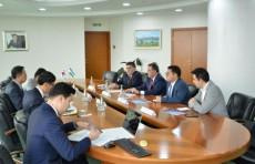 Глава АБУ встретился с президентом Корейского банковского института
