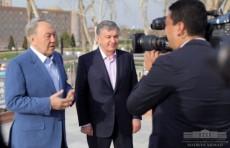 Президенты Узбекистана и Казахстана осмотрели достопримечательности Самарканда