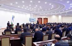 Президент подверг критике беспорядочную организацию работы в привлечении инвестиций