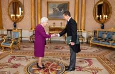 Посол Узбекистана вручил верительные грамоты Королеве Елизавете II