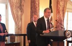 Новый посол США Дэниел Розенблюм выступил на узбекском языке