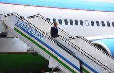 Президент завершил поездку в Андижан и вернулся в Ташкент