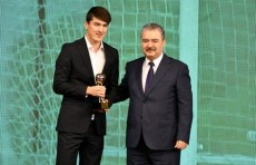 Ассоциация футбола Узбекистана назвала лучшего футболиста 2019 года