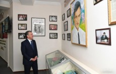 Президент Шавкат Мирзиёев посетил школу имени Мухаммада Юсуфа