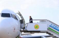 Президент Шавкат Мирзиёев отбыл в Навоийскую область