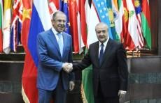 Главы МИД Узбекистана и России провели телефонный разговор
