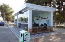 Предприниматель построил в Термезе первую «умную остановку»