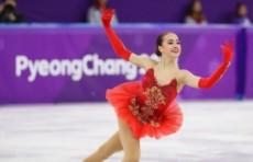 15-летняя фигуристка дарит россиянам первое золото