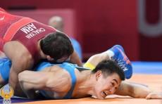 Токио-2020: Борец Жалгасбай Бердимуратов проиграл сопернику из Армении