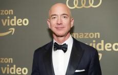 Богатейший человек мира дал $10 млрд на борьбу с «главной угрозой Земли»