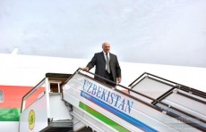 Президент Беларуси Александр Лукашенко прибыл в Узбекистан