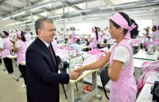 Президент Шавкат Мирзиёев посетил Муйнакский район