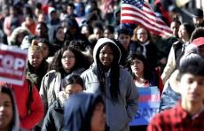 Американские школьники против свободного оборота оружия в стране