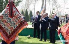 Президент Шавкат Мирзиёев принял участие в праздничных мероприятиях