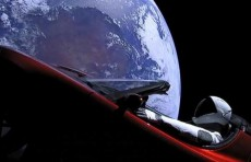 Автомобиль Илона Маска полетел в космос