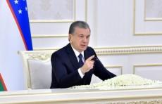 Президент поручил усилить социальную и медицинскую защиту населения