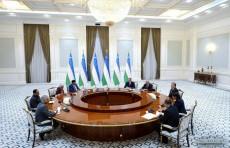 Президент Узбекистана принял делегацию индийского штата Гуджарат