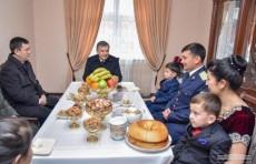 Шавкат Мирзиёев: Люди должны жить в домах с современными условиями
