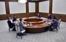Президент Узбекистана принял вице-президента Всемирного банка