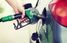 Акциз на алкоголь, бензин и газ не будет повышаться до конца года