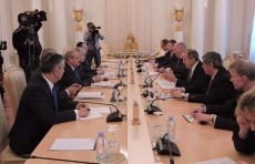 Главы МИД Узбекистана и России подписали Программу сотрудничества